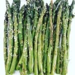 roasted asparagus with sesame seeds