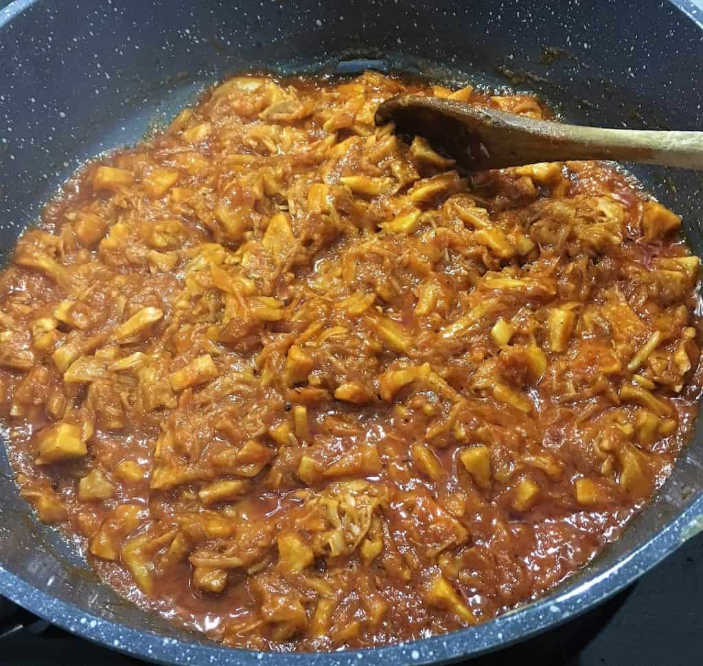 pulled jackfruit cooking