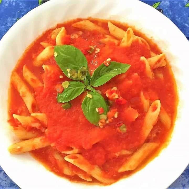 pasta with homemade tomato sauce