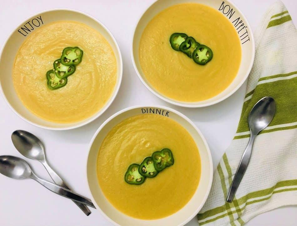 Jalapeno Popper soup in bowls