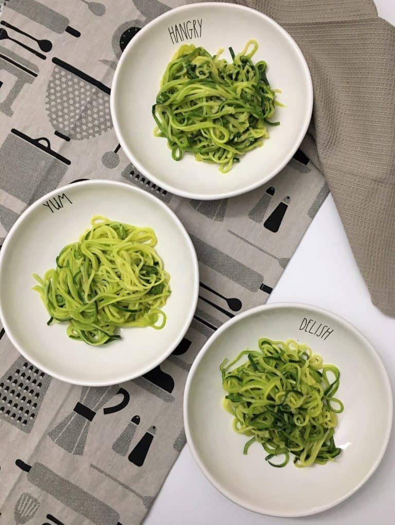 zucchini noodles in bowls