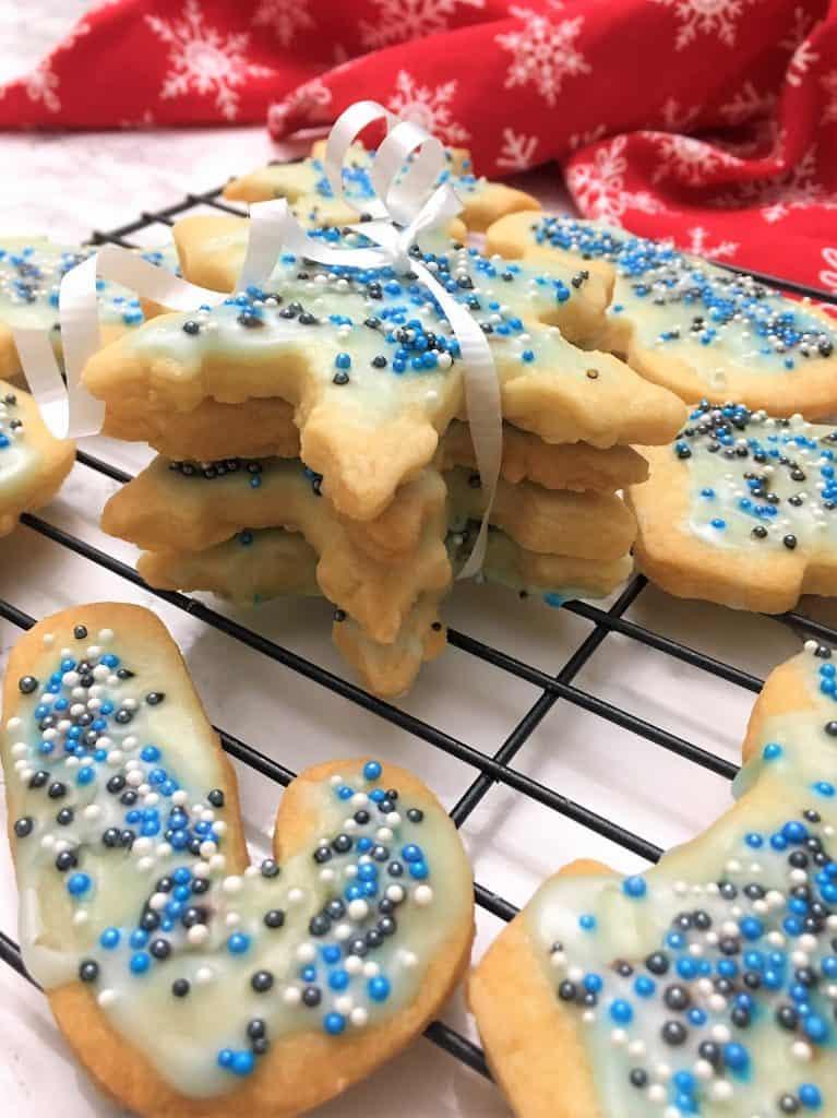 Shortbread Cookies ribboned