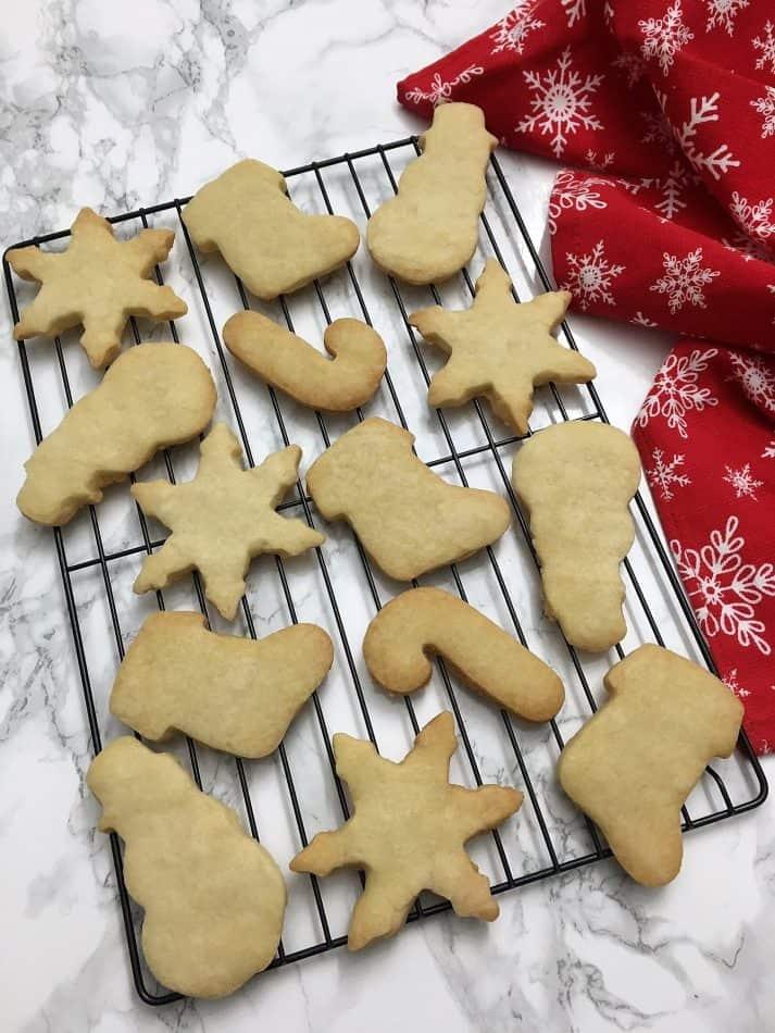 Shortbread Cookies on wire rack