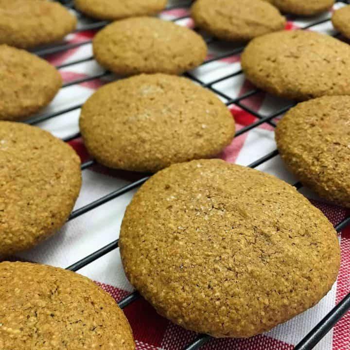 vegan gingerbread cookies on cooling rack