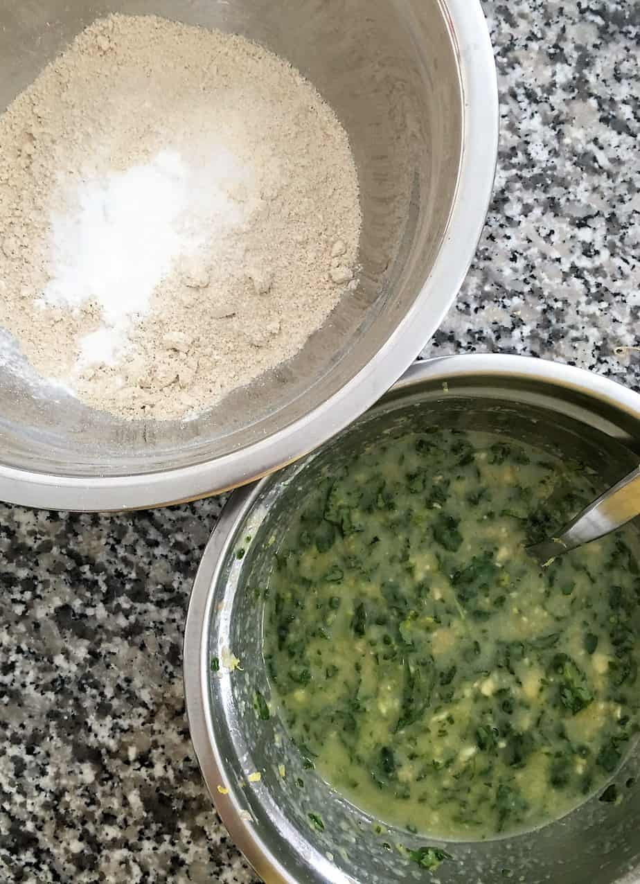 bowl of dry ingredients and bowl of wet ingredients for banana spinach muffins
