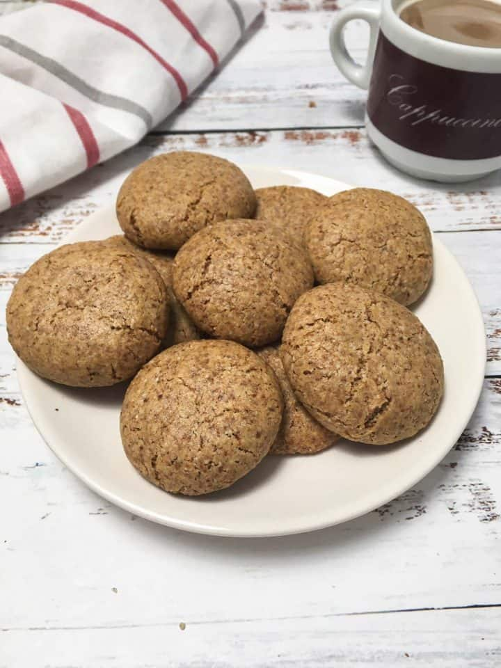 almond cookies in plate