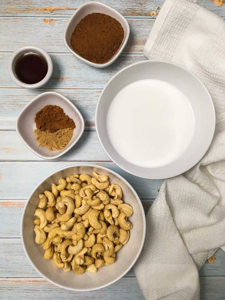 bowl of cashews, coconut milk, gingerbread spices and molasses