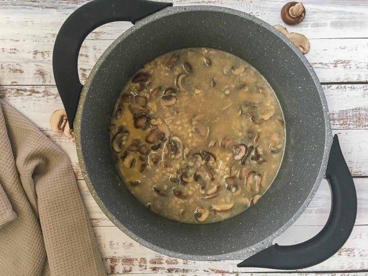 pot of mushroom barley soup